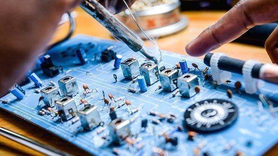 nghe dien tu - Đào tạo cấp chứng chỉ sơ cấp nghề sửa chữa điện tử